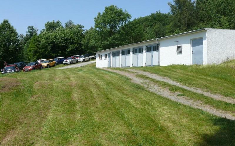 Weitere Gebäude - Garagen